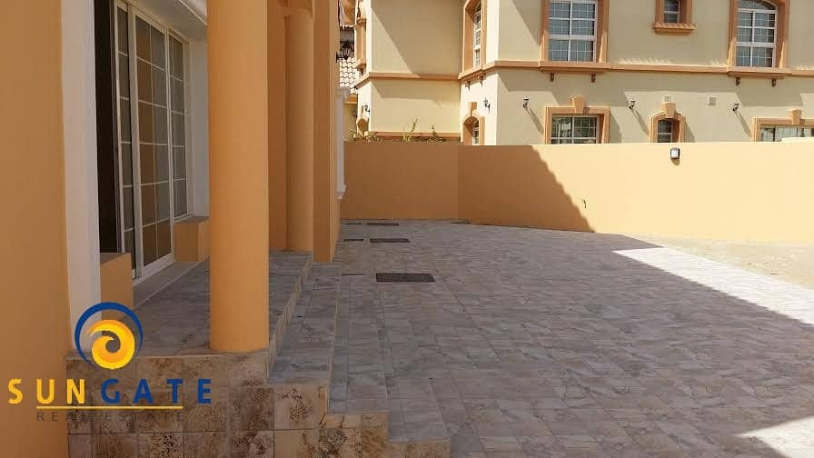 13 independent villa with pool in dubailand