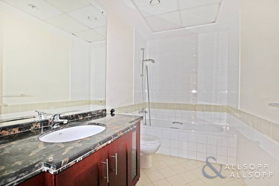 10 Two Bed | Study | Close to Pool and Park