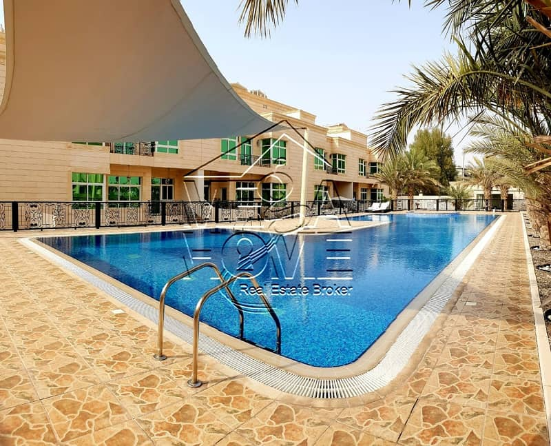 EURO-STYLE 5 MASTER BED VILLA WITH SHARED POOL/GYM