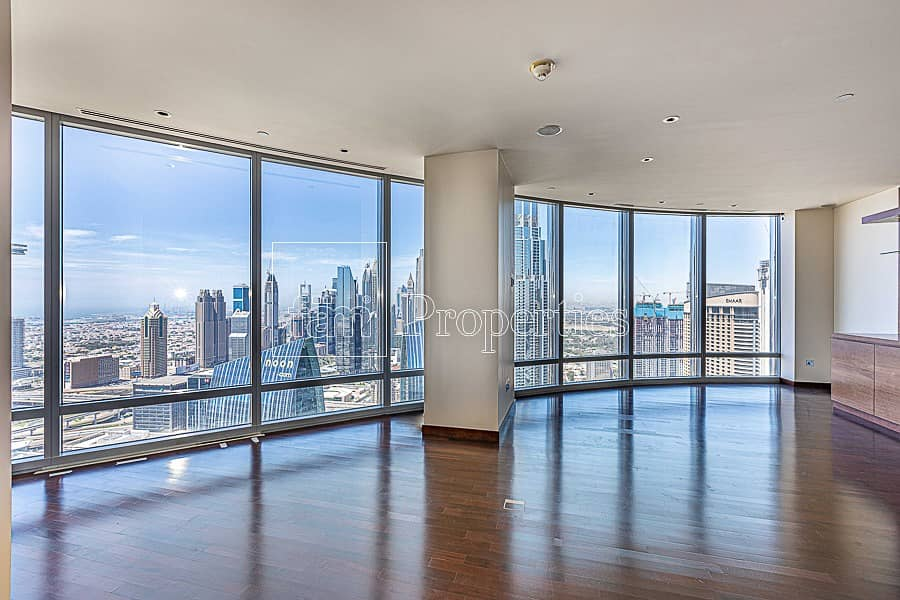 Huge Apt. w/ Spectacular view
