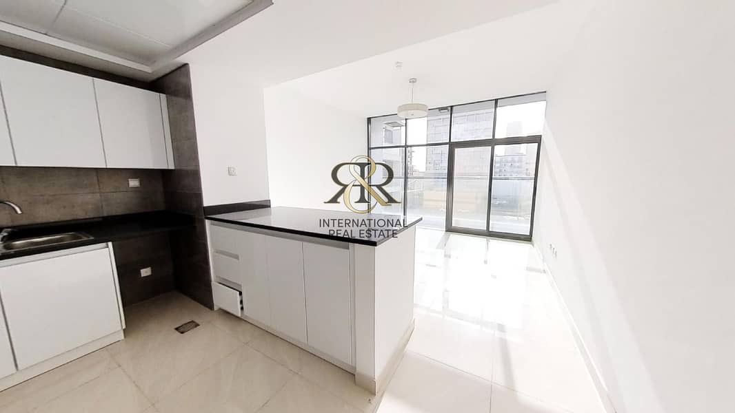 2 With 360 Video Tour | Well Maintained 1BR plus Study