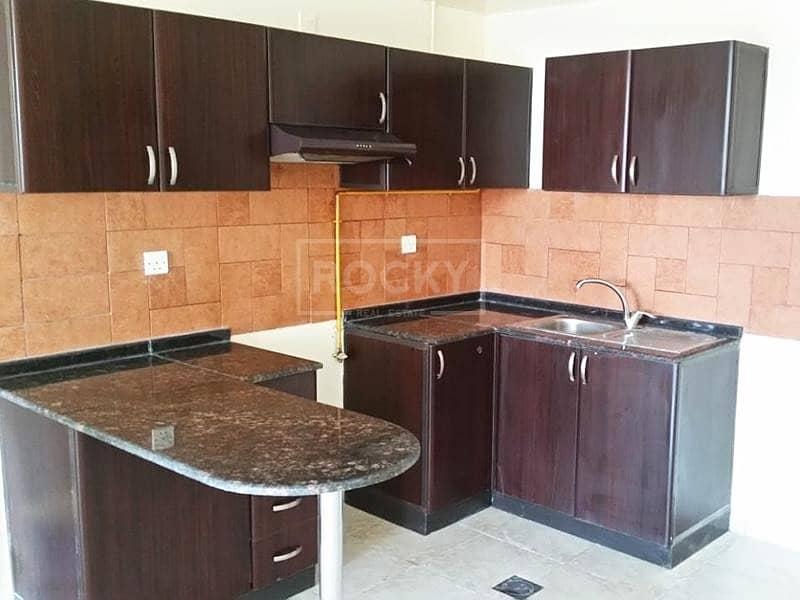 2 Spacious   Studio   Open Kitchen    Diamond Views