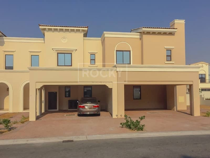 2 Well Maintained 3 Bed Villa Closed to Pool and Park