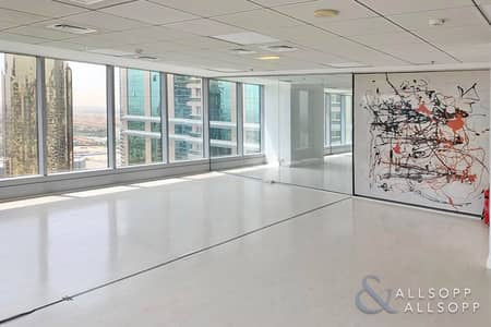 Office for Rent in Jumeirah Lake Towers (JLT), Dubai - Luxury Fitted | Partitioned | Great Views