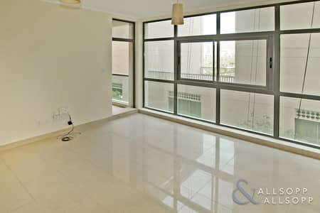 1 Bedroom Flat for Rent in The Views, Dubai - One Bedroom | Low Floor | Chiller Free
