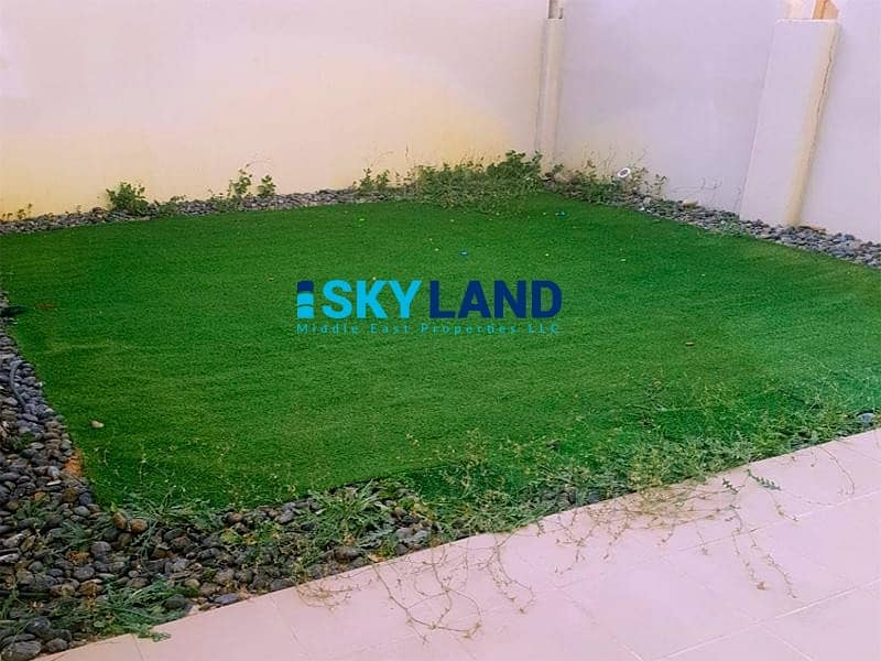 Hurry Up ! VACANT 2Beds w/ Store and Garden for only 76k !