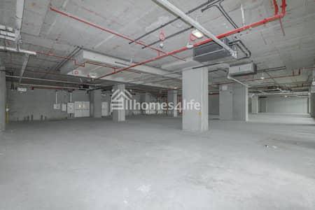 Shop for Rent in Bur Dubai, Dubai - Retail Shop |Prime Location| RTA Parking