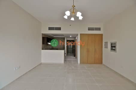 Studio for Rent in Dubai Residence Complex, Dubai - Live video viewing | Large Studio | Family Building | NOT Crowded