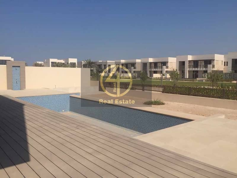 Stunning Prestigious Brand New Villa with Pool!