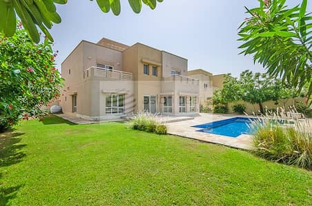 6 Bedroom Villa for Rent in The Meadows, Dubai - Full Unobstructed Lake View | 6 BR+Study+Maid