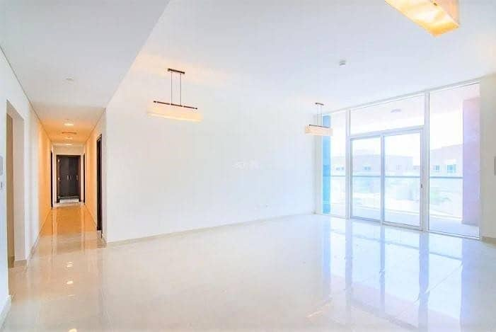 Stunning 1 BR in Marina Sunset with Full Facilities