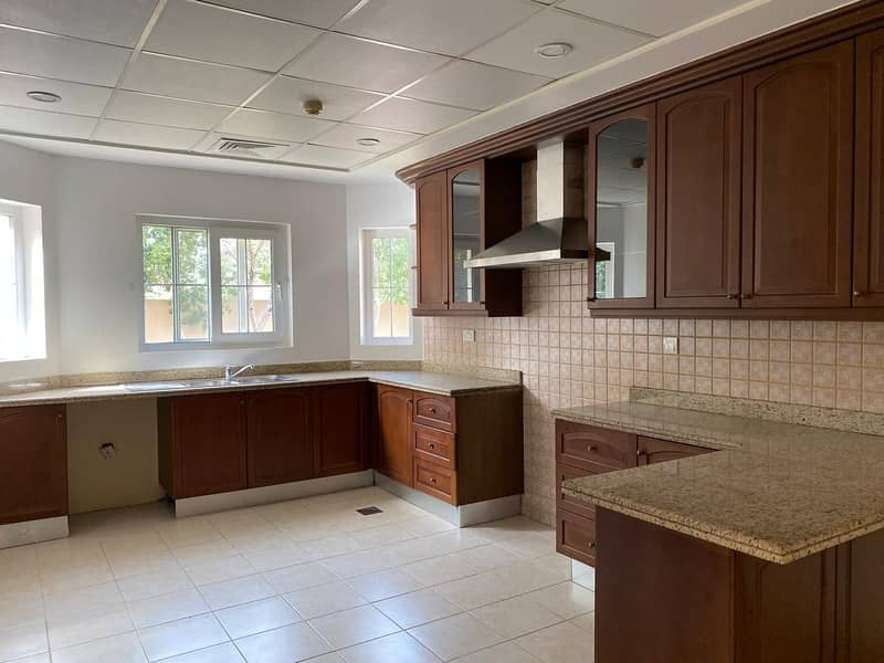 12 5Bedroom Single row Villa in Mirador Arabian Ranches