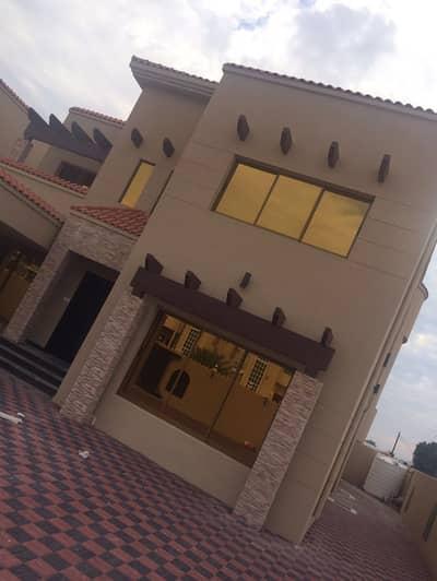 5 Bedroom Villa for Sale in Al Rawda, Ajman - We have excellent offers for villas in Al Rawdah, Al Mowaihat, and Al Helio