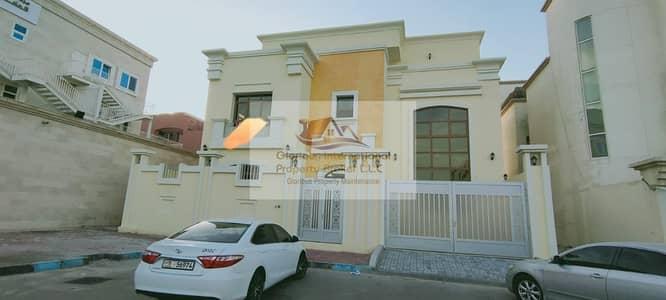 6 Bedroom Villa for Rent in Al Zaab, Abu Dhabi - Brand New! w/ 4 Dining&Living Area w/ Elevator