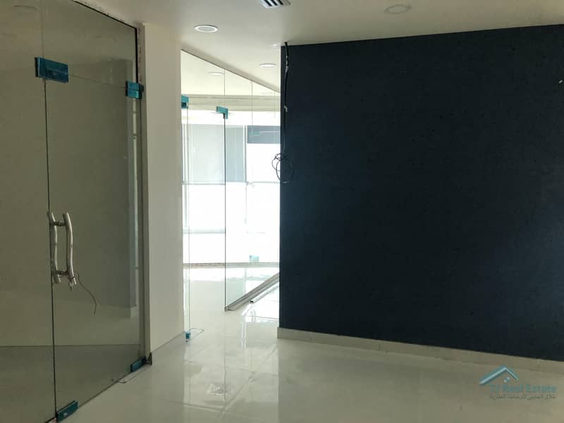 Brand New Fitted Office 5 Glass room|Office  pantry