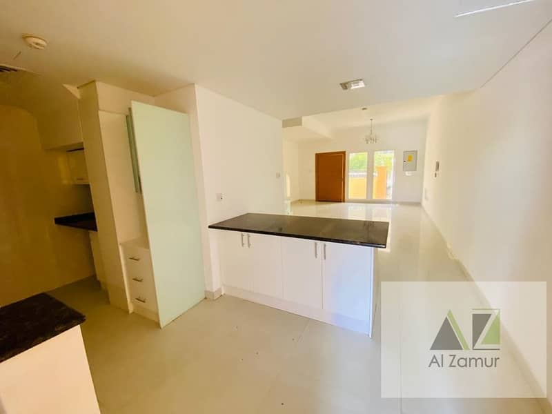 2 Lavish 3 Bedrooms Villa +Study Room in JVC Tulip Park