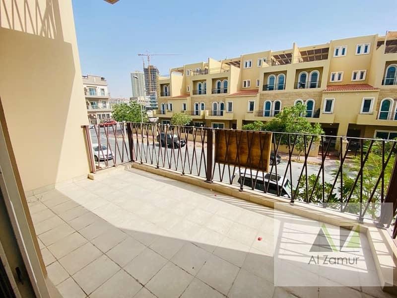 23 Lavish 3 Bedrooms Villa +Study Room in JVC Tulip Park