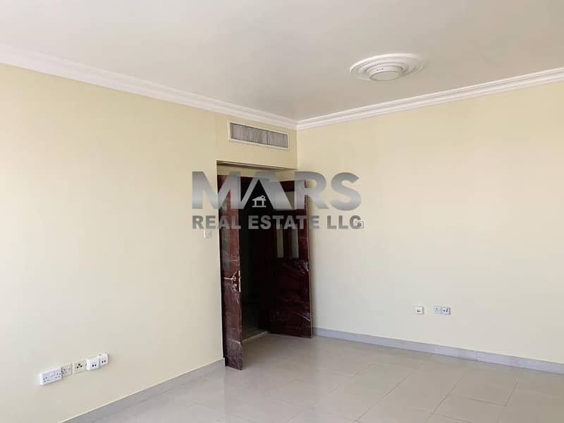 2 Comfy 2 Bedroom Apartment at Delma Street