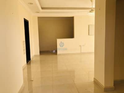 Seprated 3bhk ground floor villa for rent in sarooj near to shabhat plazza