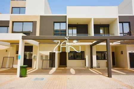 تاون هاوس 3 غرف نوم للبيع في شارع السلام، أبوظبي - Single Row 3+M Townhouse with Big Rental Back