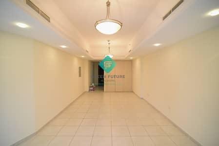 استوديو  للايجار في أبراج بحيرات الجميرا، دبي - Spacious Studio for Rent|Ready to Move In|Option available for Multiple Cheques