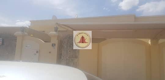 فیلا 5 غرف نوم للبيع في القوز الشارقة، الشارقة - للبيع فيلا منطقة واسط القوز الشارقة 5 بسعر مميز