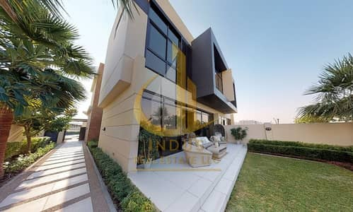 Discounted Price AED 2.6M 6BR+M at The Park Villas