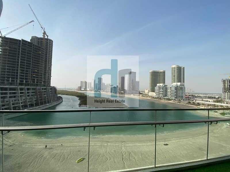 2 Up To 4 Payment / Sea View /Spacious / Big Terrace