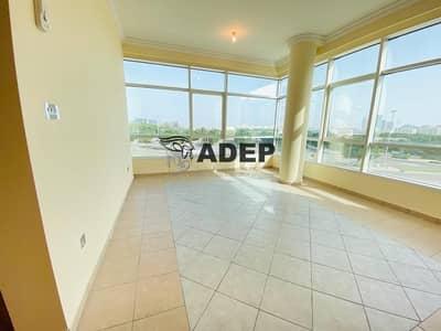 4 Bedroom Flat for Rent in Rawdhat Abu Dhabi, Abu Dhabi - Huge 4 Bedroom Apartment with balcony