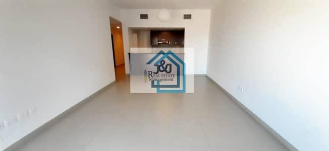 1 Bedroom Flat for Rent in Al Reem Island, Abu Dhabi - Amazing Sea View 1BR+Study  on High floor  + Facilities