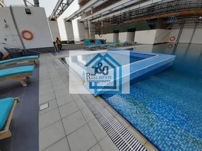 2 Bedroom Apartment for Rent in Danet Abu Dhabi, Abu Dhabi - Spacious 2 Bedroom Apartment in The View Tower Danet