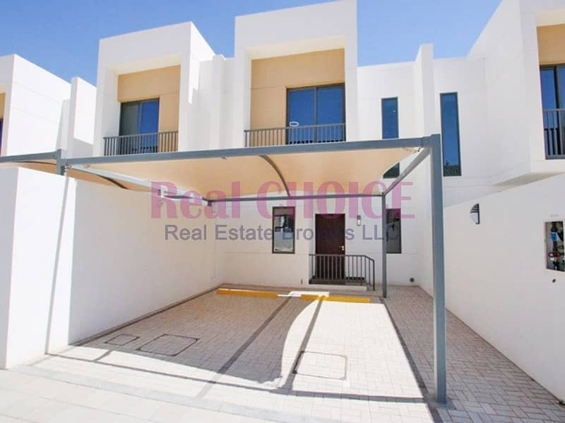 16 BRAND NEW 2bed villa with 12 cheques and no commission