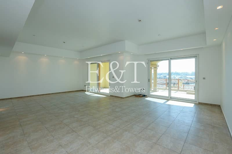 2 Marina View | Large Balcony | 4 Bath rooms | PJ