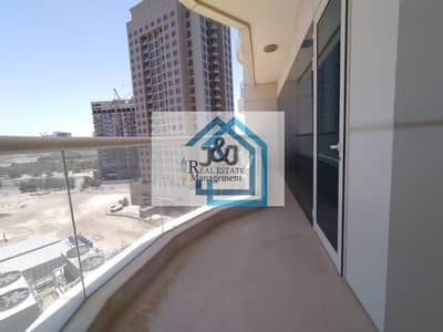 فلیٹ 3 غرف نوم للايجار في دانة أبوظبي، أبوظبي - Spacious 3 Bedroom Apartment with Maids room and 4 Balcony at very prime location of Danet Abu Dhabi
