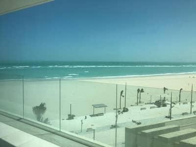 فلیٹ 3 غرف نوم للبيع في جزيرة السعديات، أبوظبي - Stunning Panoramic Views of the Sea | Brand New