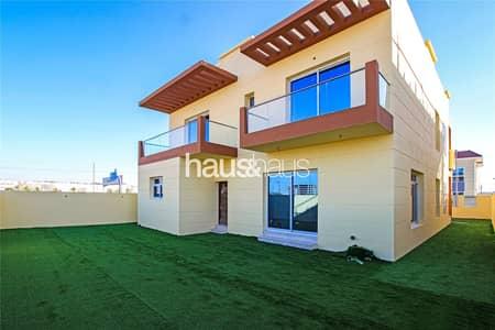 فیلا 5 غرف نوم للبيع في مثلث قرية الجميرا (JVT)، دبي - Brand New | Ready to Move | Custom 5 Bed Villa