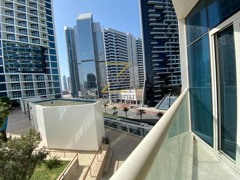 Amazing Sea View / Guaranteed ROI 8% / Walking distance BurjKhalifa / Daman Maison Prive