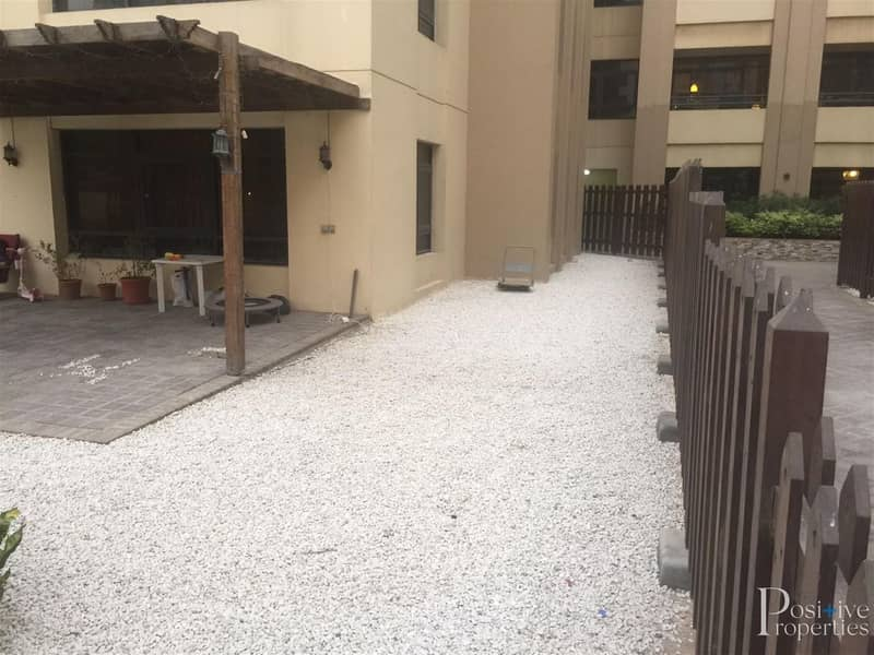 2 UPGRADED PRV GARDEN | 3BH+STUDY | RENTED |POOL VIEW
