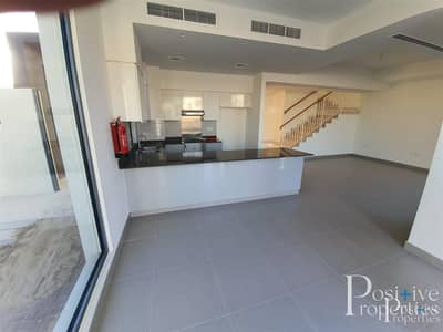 Next to swimming Pool | Ready to Move | 5 Bed