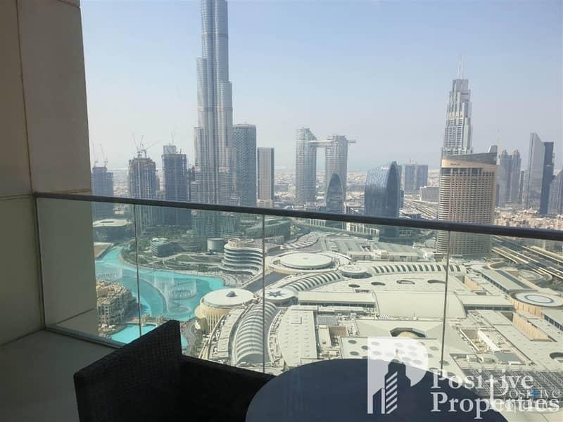 2 Beautiful Burj Khalifa view from a high floor