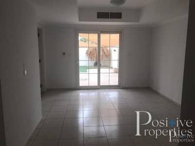 فیلا 2 غرفة نوم للبيع في الينابيع، دبي - VACANT 2 BED | UPGRADED KITCHEN | SINGLE ROW