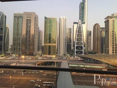 1 Bedroom Flat for Rent in Dubai Marina, Dubai - Breathtaking Highway & city view| Modern Furnished