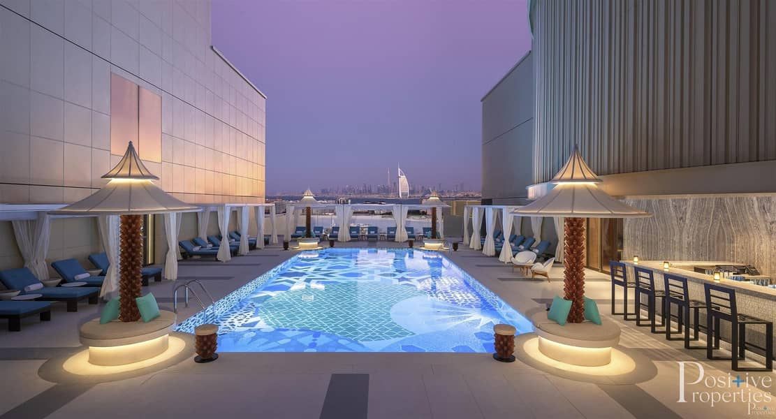 2 LIVE IN THE HYATTS ANDAZ 5-STAR HOTEL RESIDENCES