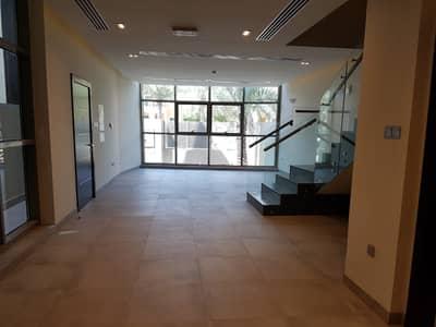 فیلا 4 غرف نوم للايجار في قرية جميرا الدائرية، دبي - فیلا في الضاحية 11 قرية جميرا الدائرية 4 غرف 115000 درهم - 4604323