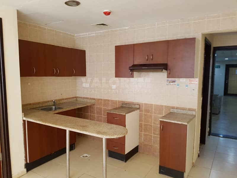 2 Open Kitchen   One bedroom   American Style  