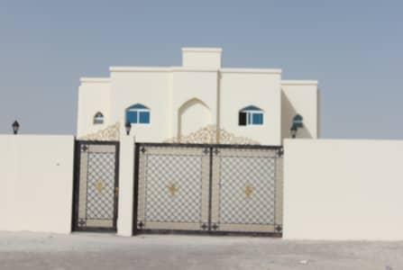 شقة 1 غرفة نوم للايجار في جنوب الشامخة، أبوظبي - شقة غرفة وصالة في مدينة الرياض - اول ساكن شامل الماء والكهرباء