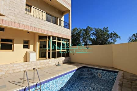 3 Bedroom Villa for Rent in Jumeirah, Dubai - Well Maintained 3 Bed Villa With A Private Pool