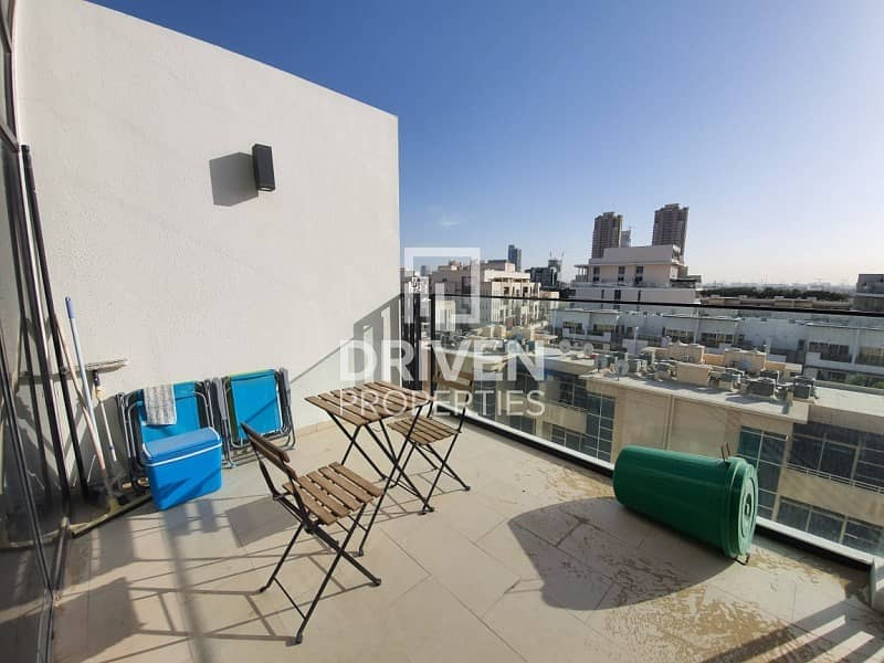 Amazing Duplex 1 Bedroom Unit with Terrace