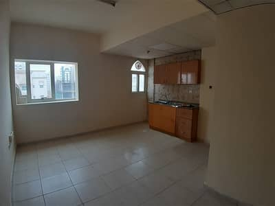 Studio for Rent in Al Ghuwair, Sharjah - Central A/C | Near Rolla Park | Family Building | Central Gas