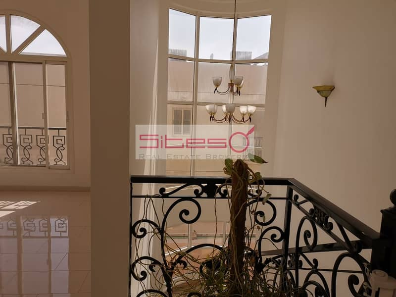 13 BRIGHT 3BR VILLA WITH PRIVATE POOL IN JUMEIRAH